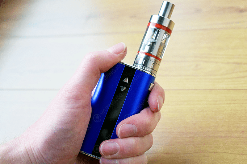 Eleaf iStick 50W Handcheck with the Kanger Subtank Mini
