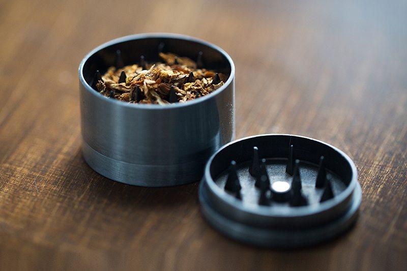 weed-grinder