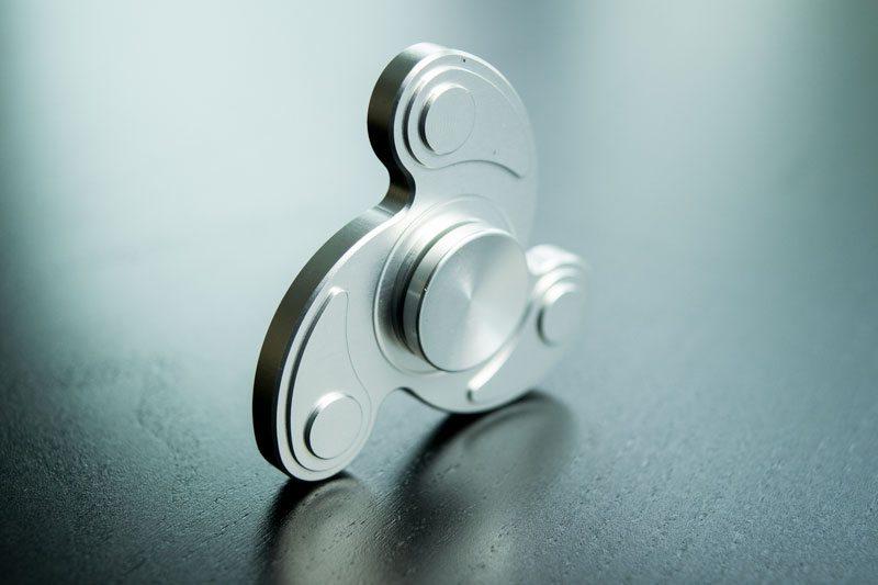 Fidget-Spinner-Tribar