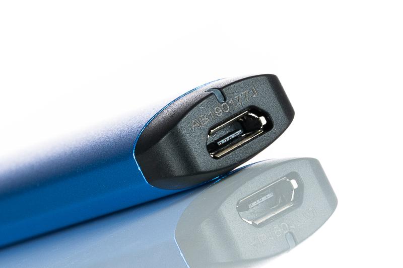 my-blu-charging-port